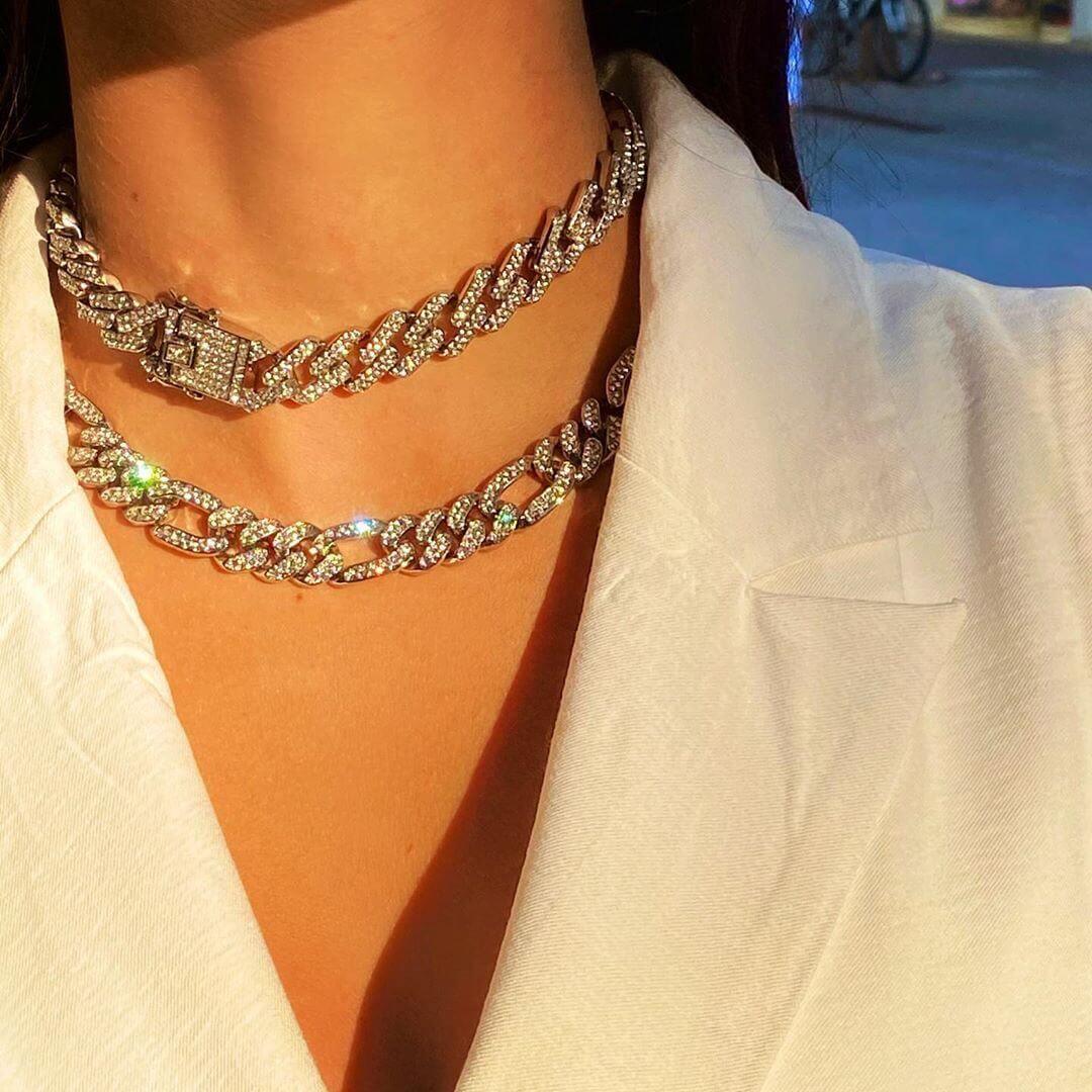 Iced Cuban Chains: η πιο glamorous streetwear τάση
