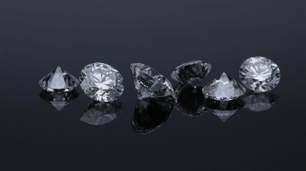 διαμάντια με κοπή μπριγιάν
